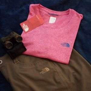NWT🌟The North Face-2/$20 women's pink T-shirt
